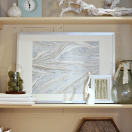 Danas-shelf-marbled-paper