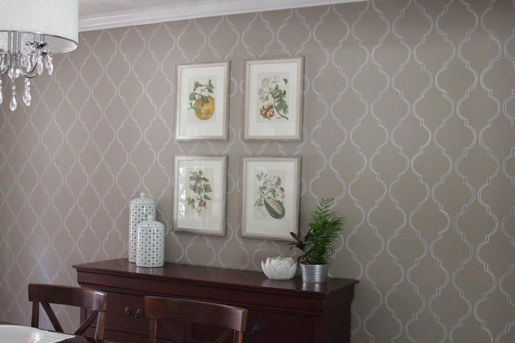 stenciled wall - decor fix