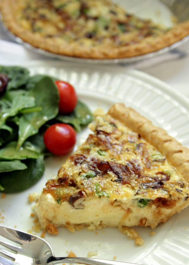 Caramelized onion and mushroom quiche decor fix for Decoration quiche