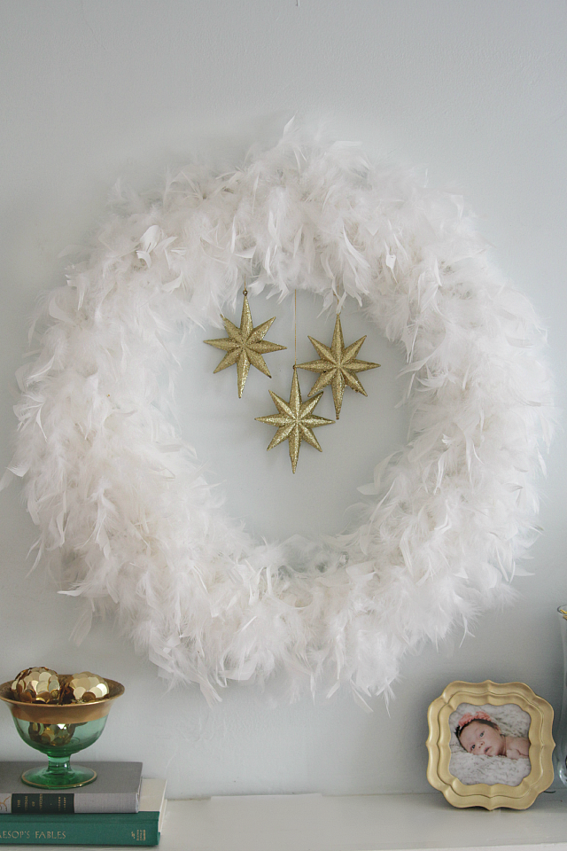 Emerald and gold Christmas mantel 05