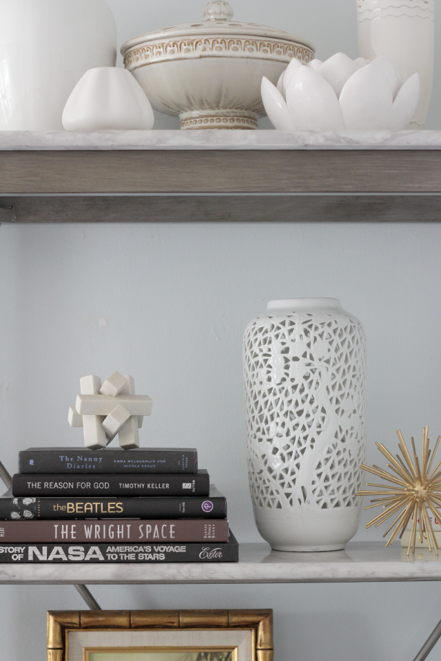 Bookshelf styling | Decor Fix
