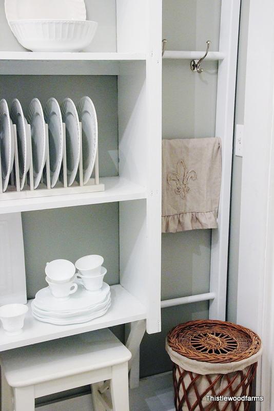 "Decor ""Quick Fix"": Decorate with white dishes"