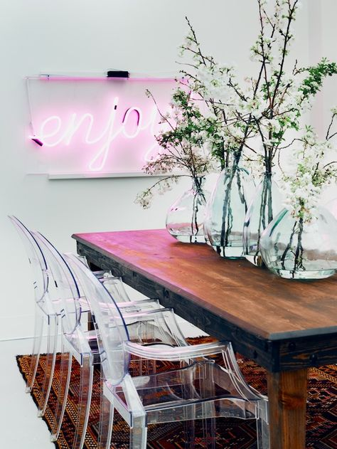 14 gorgeous rooms with neon lights decor fix
