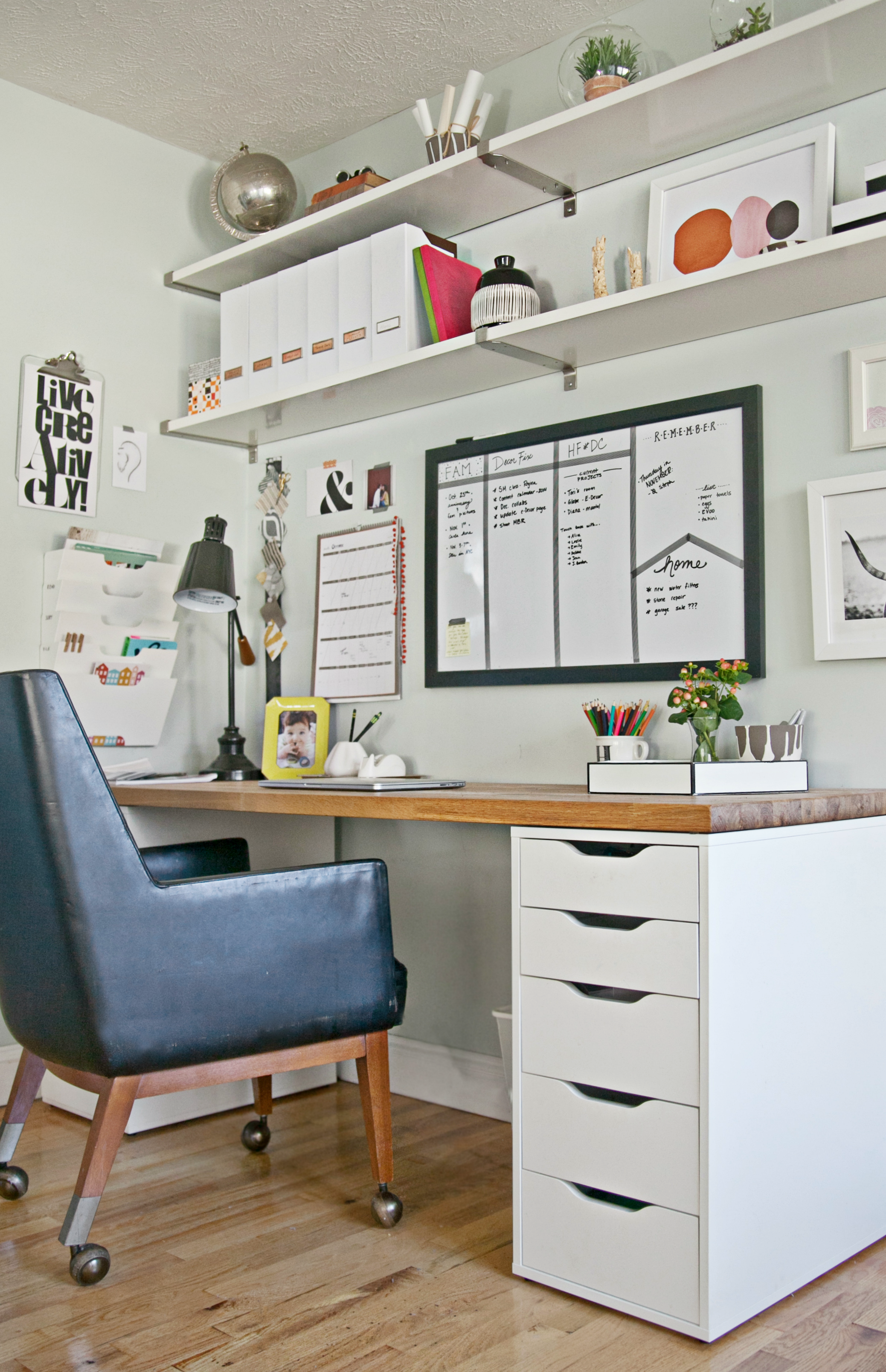 9 steps to a more organized office for Cheap office decorating ideas