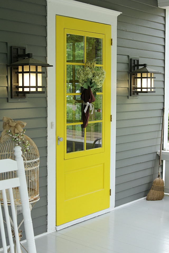 The best paint colors for your front door for Front door yellow paint