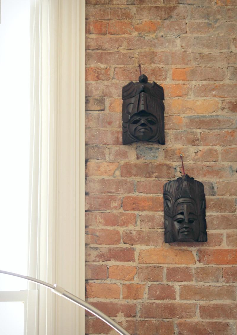 Moody & masculine historic loft | The Decor Fix